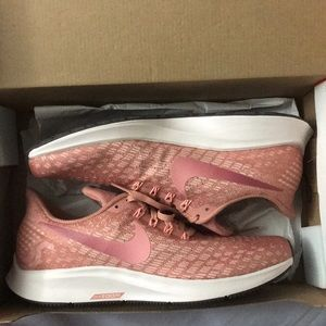 Nike Zoom Pegasus 35, brand new and never worn